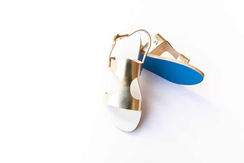 f8b5be47ac0 Τα σανδάλια ΚΥΜΑ είναι μία εκλεπτυσμένη μορφή των παραδοσιακών ελληνικών  κατασκευών. Μοναδικά σε σχεδιασμό όσο και σε ποιότητα, κάθε σχέδιο παίρνει  την ...
