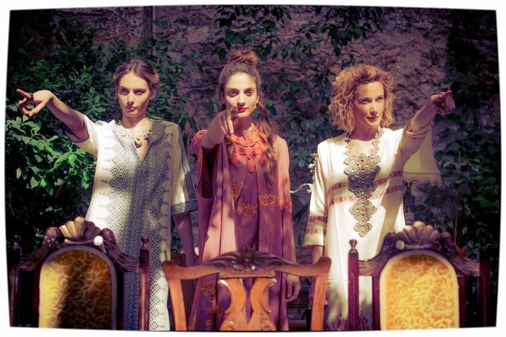 MadeInGreece.news – Λονδίνο: Η Μαρίνα και η Μυρτώ παρουσιάζουν για 5η φορά το MONOspace, με ελληνικά ρούχα, αντικείμενα, τσάντες