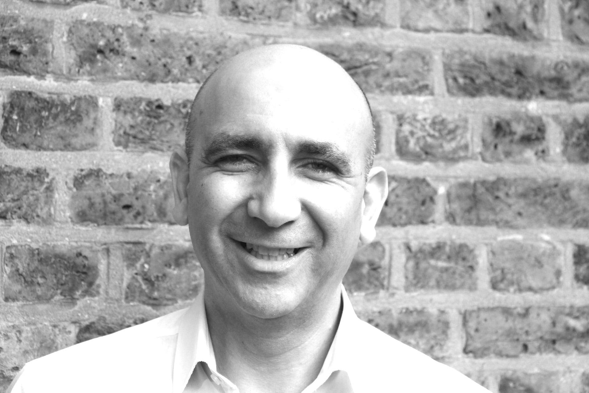 Κρις Ξενοφώντος: Ένας Έλληνας στο τιμόνι των Warwick Hotels & Resorts- Μιας από τις μεγαλύτερες ξενοδοχειακές αλυσίδες του κόσμου (ΦΩΤΟ)
