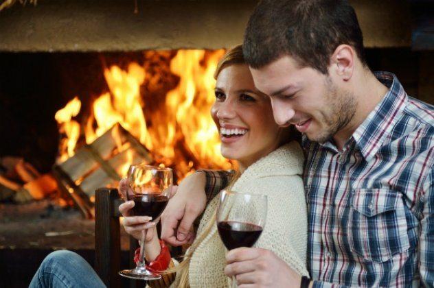 Ραντεβού με 12 Ελληνικά ροζέ αφρώδη κρασιά για ρομαντικά και σαρακοστιανά τραπέζια