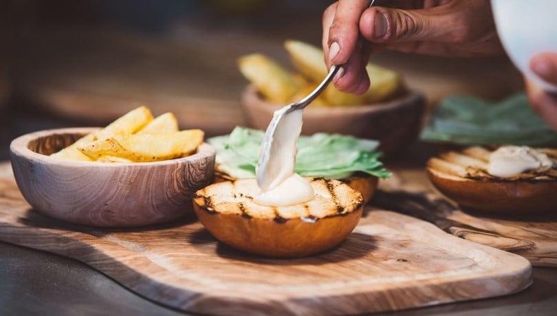 Αυτό το καλοκαίρι όλοι οι δρόμοι οδηγούν στη Μύκονο και στο εστιατόριο Spala: Το νέο All Day στέκι για όσους ξέρουν τι θα πει καλό φαγητό!