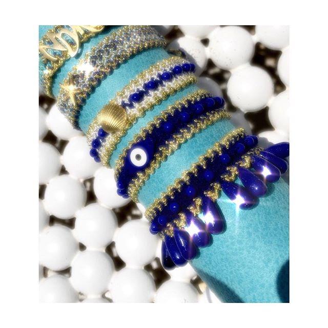 Με κάθε της συλλογή κοσμημάτων εισάγει άλλες καινοτόμες τεχνικές και  πειραματίζεται με νέα υλικά 10b9cac8659