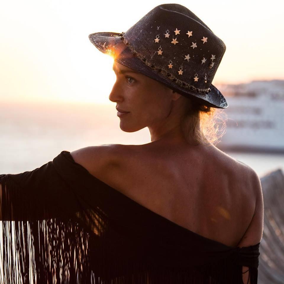 14188c6e226 Ibo-Maraca καπέλα: Τα πιο ευφάνταστα panama hats σαν πίνακες ...