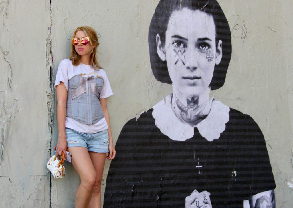 Στο blog της www.filiometsi.com ποστάρει φωτογραφίες της από ταξίδια της b9148cdd682