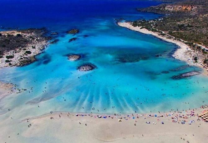 Ελαφονήσι: Η Καραϊβική της Ελλάδας βρίσκεται στην Κρήτη με απέραντο γαλάζιο & χρυσαφένια αμμουδιά – Η φωτογραφία της ημέρας