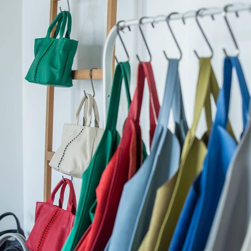Οι Park House τσάντες σχεδιάζονται και κατασκευάζονται στην Ελλάδα και  έχουν ως βασικά χαρακτηριστικά την πολυτέλεια και τη διαχρονική κομψότητα. 39cec08e8e2