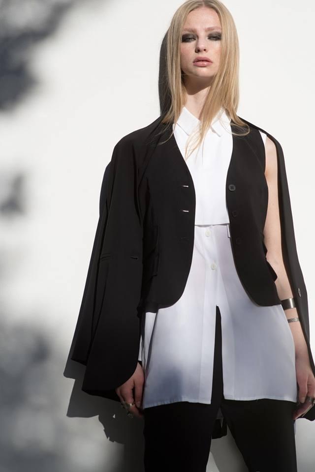 Η φιλοσοφία του The Line Project στηρίζεται στη διαχρονικότητα του στυλ και  στο ότι τα ρούχα φαίνονται καλύτερα όταν τα ζεις. Ως οπαδοί του  μινιμαλιστικού ... a53192b32dc