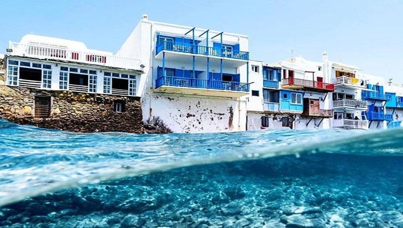 Καλοκαίρι στην Ελλάδα & στη μαγική Μύκονο με τα μπλε νερά της & η μέρα γίνεται καλύτερη! – Η φωτογραφία της ημέρας