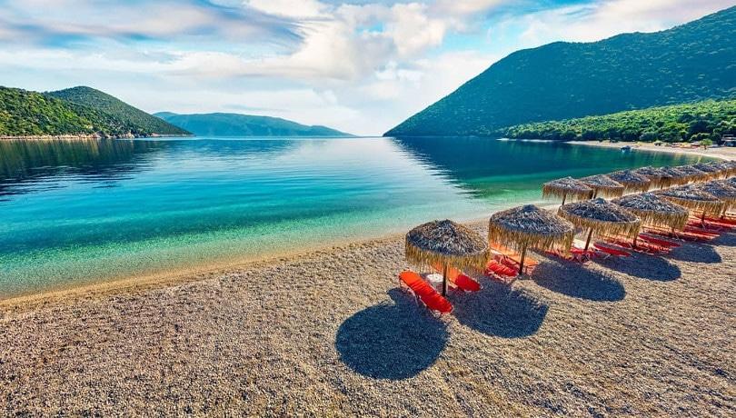 Αντίσαμος Κεφαλονιάς: Γαλαζοπράσινα νερά & απέραντη θέα σε ένα νησί παραδεισένιο – Φωτογραφία της ημέρας