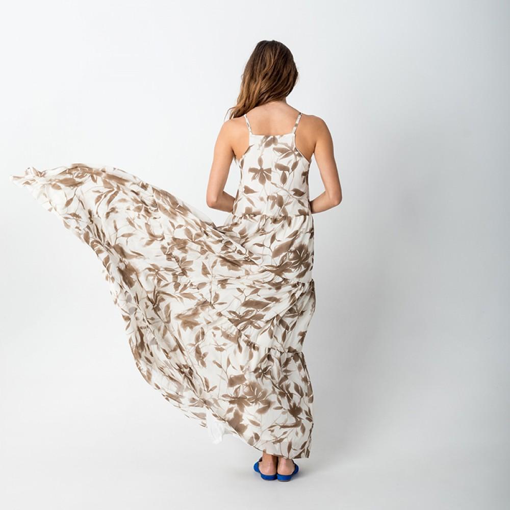 dfc47251de64 Στο ρούχο οι χρωματικές και σχεδιαστικές επιλογές είναι αμέτρητες, από το  κλασικό μαύρο – άσπρο μέχρι πιο έντονα καλοκαιρινά χρώματα, κίτρινο, ...