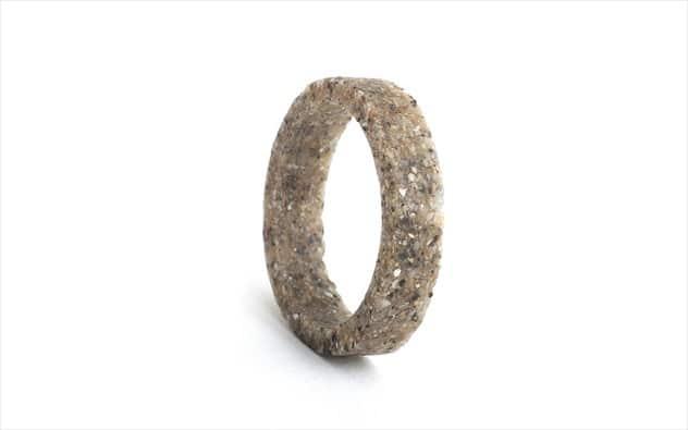 Θίς  Συγκλονιστικά κοσμήματα από άμμο - Ελληνική καινοτομία στο ... ad31d290d48