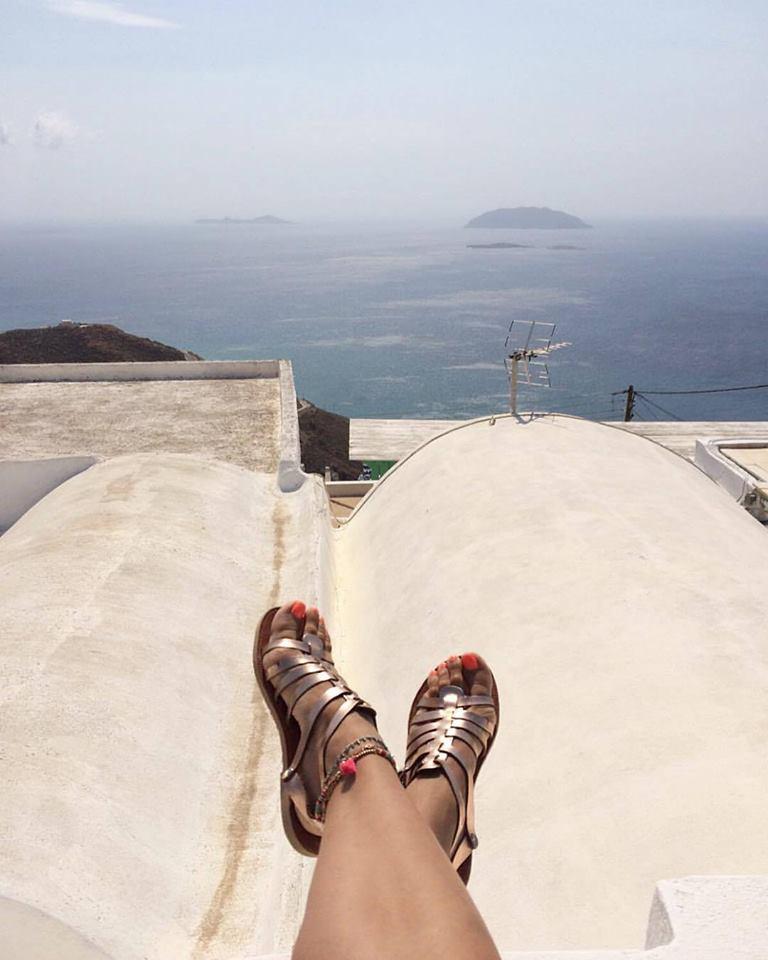 f948b3541b2 Βρείτε την συλλογή των σανδαλιών και των υπόλοιπων παπουτσιών Savopoulos  Athens στο ηλεκτρονικό τους κατάστημα και στο facebook.