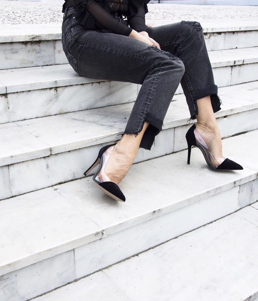 3d9240e2e6 Τα παπούτσια της Άννας Δεσποτοπούλου μπορείς να τα δεις και να τα  παραγγείλεις μέσα από τη σελίδα της στο facebookκαι τοinstagram.