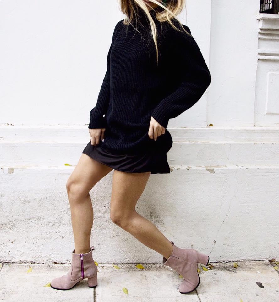c97ce2abfe4 Τα παπούτσια της Άννας Δεσποτοπούλου μπορείς να τα δεις και να τα  παραγγείλεις μέσα από τη σελίδα της στο facebookκαι τοinstagram.