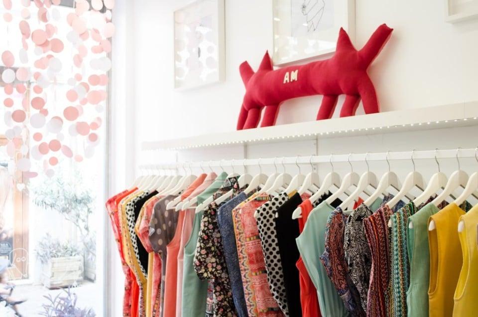 6dad42a965c0 Made in Greece η Akira Mushi  Η Όλγα   η Άννα σχεδιάζουν ρούχα με ...